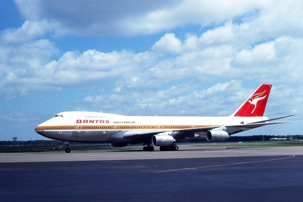 Avião Boeing 747-200 Qantas