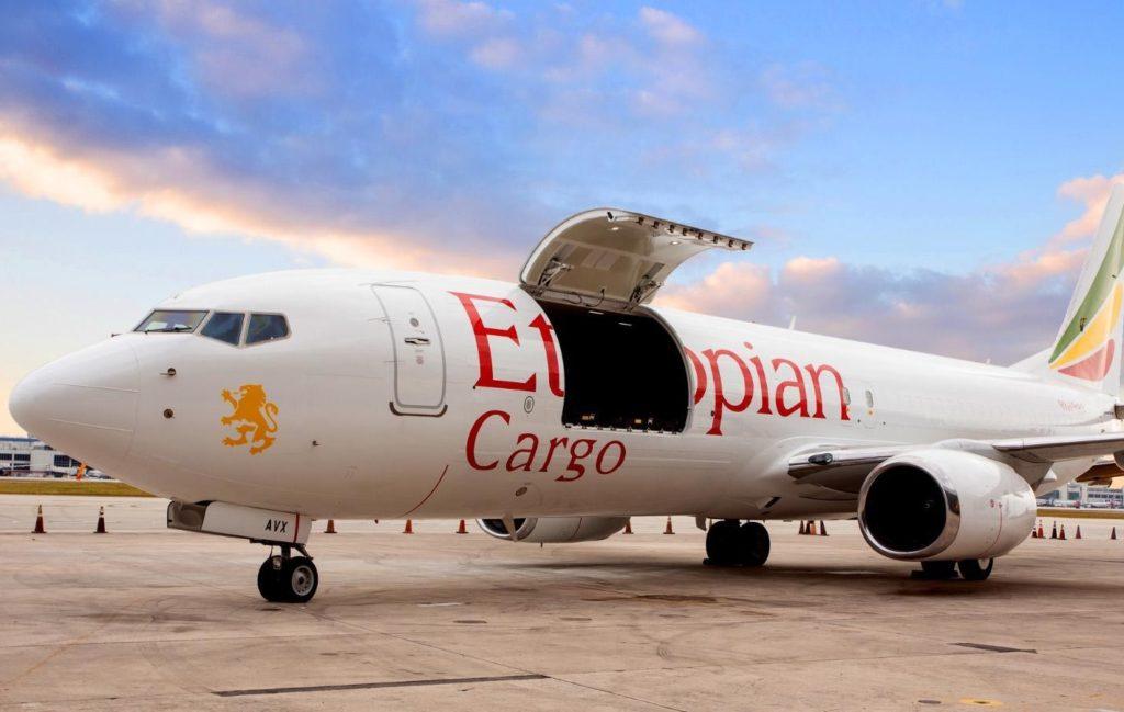 Avião Boeing 737-800SF Ethiopian Cargo