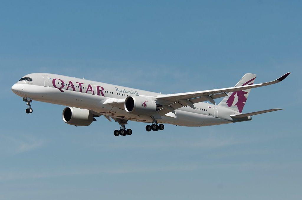 Avião Airbus A350-900 Qatar Airways