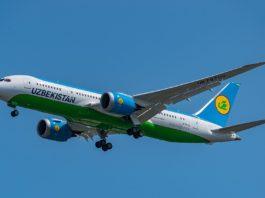 Avião Boeing 787-8 Uzbekistan Airways